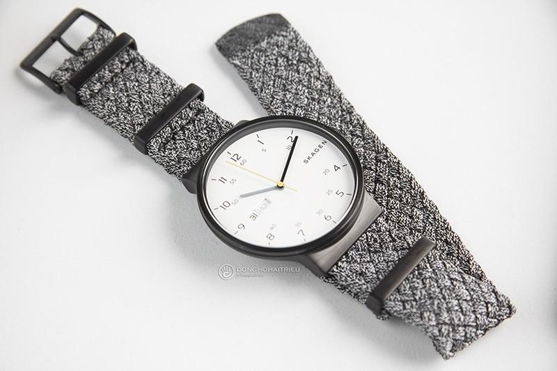 Trên tay 2 chiếc đồng hồ Skagen nam dây vải bán chạy nhất 2018 - SKA6454