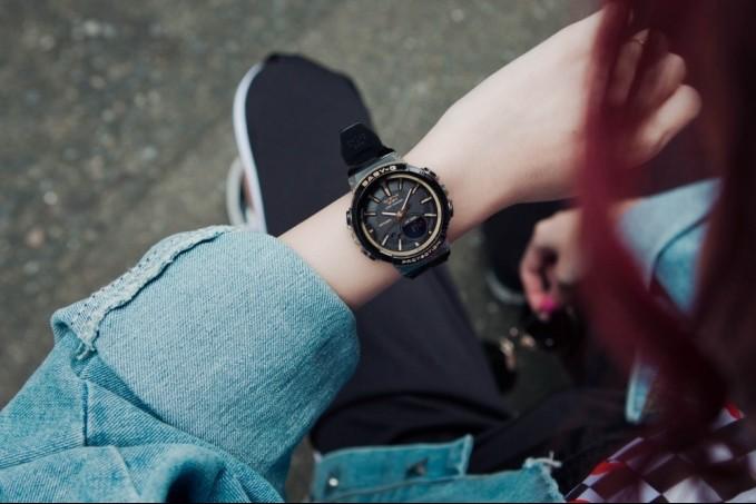 Đập hộp chiếc đồng hồ nữ Baby-G chính hãngBGS-100GS-1ADR