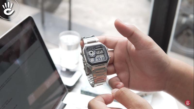 Tại sao đồng hồ Casio AE-1200WHD luôn cháy hàng trên thị trường?
