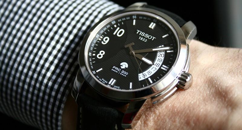 Chiếc đồng hồ máy Autoquartz của thương hiệu Tissot