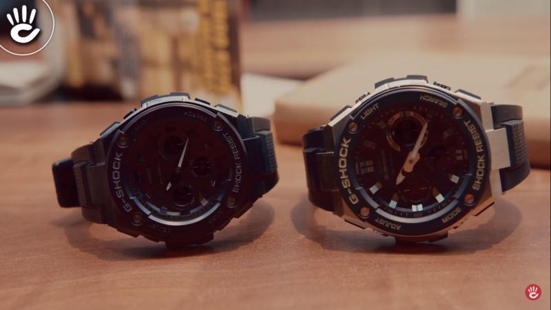 Bên trái là chiếc S300 và bên phải là chiếc S100