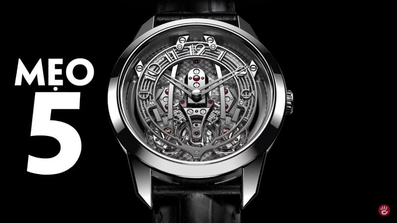 Có thêm người thứ 2 sẽ giúp bạn có cái nhìn khách quan về chiếc đồng hồ