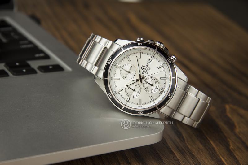 Đồng hồ Chronograph và Chronometer khác nhau như thế nào?