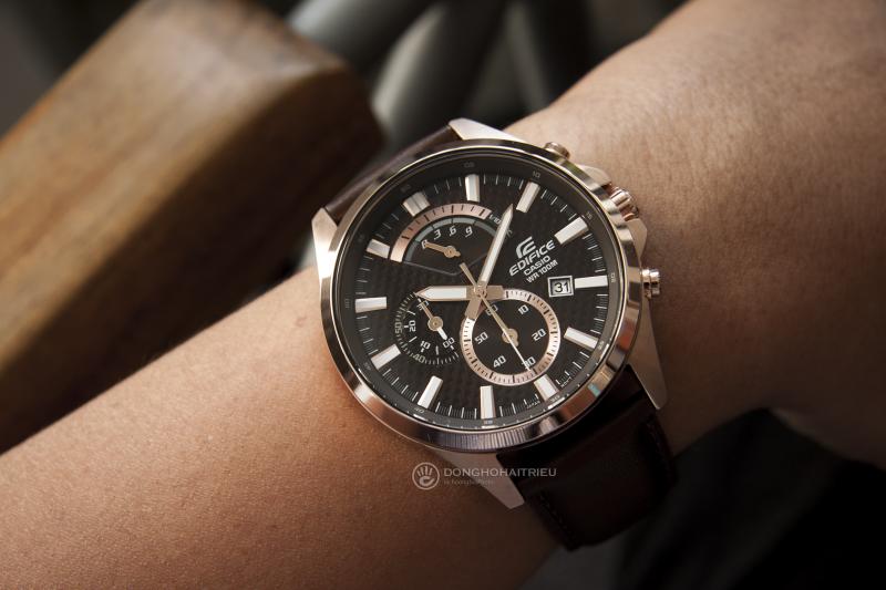 Mặt đồng hồ được thiết kế lịch lãm, sang trọng, thu hút người nhìn - EFV-530GL-5AVUDF