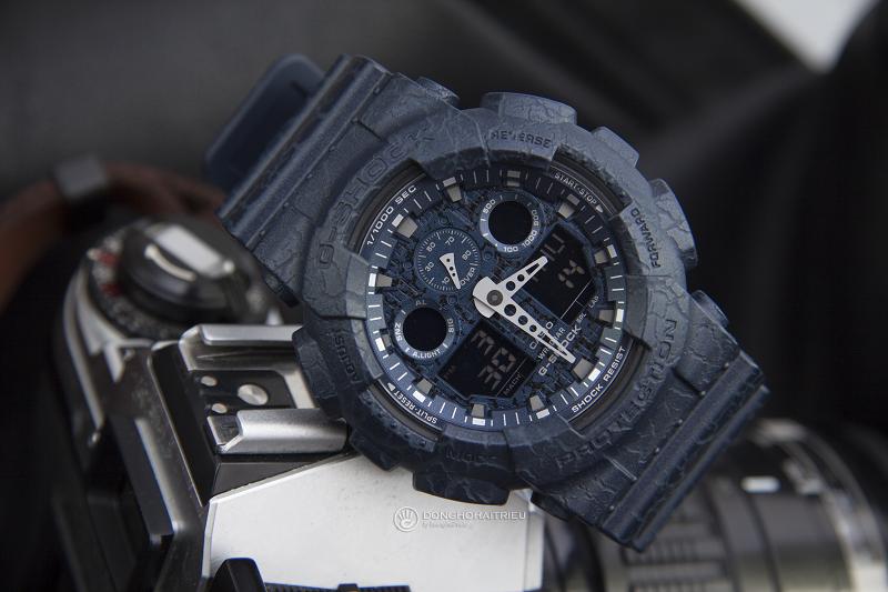 Nên mua đồng hồ G-Shock dây kim loại hay dây nhựa