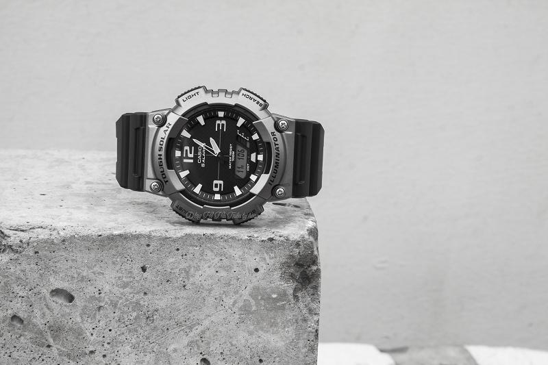 Những chức năng cao cấp của chiếc G - Shock đều được ẩn giấu trong chiếc đồng hồ này - AQ-S810W