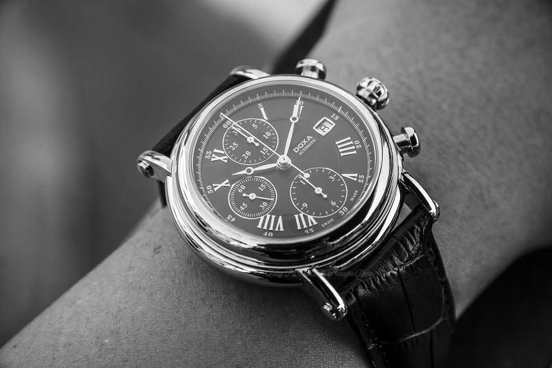 3 Lí do nên mua đồng hồ cơ Thụy Sĩ cũ? Doxa895.10.102.01