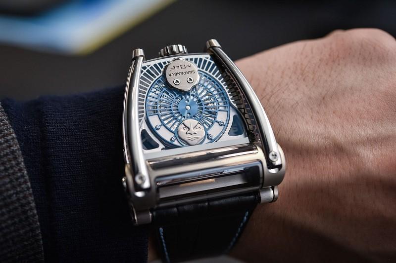 Giá 2 tỷ, chiếc đồng hồ cơ đẹp độc và lạ nhất thế giới Moonmachine 2