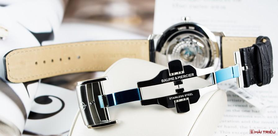 Cách thay khóa bướm đồng hồ dây da với 3 bước đơn giản nhất
