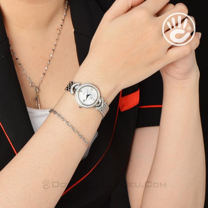 Chiếc đồng hồ OP dành cho nữ giới