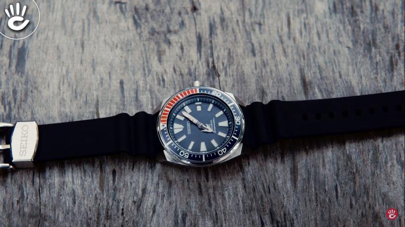 Đồng hồ Seiko SRPB53K1 với kiểu dáng vỏ máy to dày dặn bên trong chứa đựng cả một trải nghiệm đầy nam tính