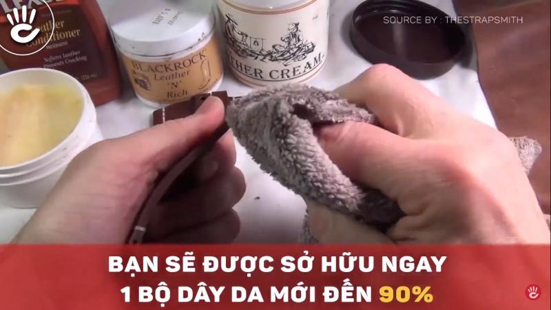 Lau chùi dây da bằng khăn khô mềm hằng ngày để loại bỏ bụi bặm