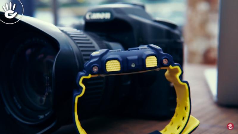 Đồng hồ màu xanh đen kết hợp với màu vàng chanh cực kì thể thao và cá tính - GA-110LN-2ADR