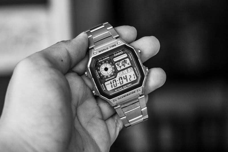 Tổng thể chiếc đồng hồCasio AE1200WHD với nhiều tính năng cơ bản hữu ích - Casio AE1200WHD