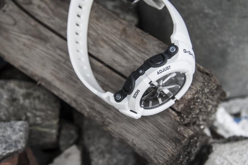 Dây đeo bằng cao su tông màu trắng tạo nên thời trang năng động đa phong cách - GA-500-7ADR