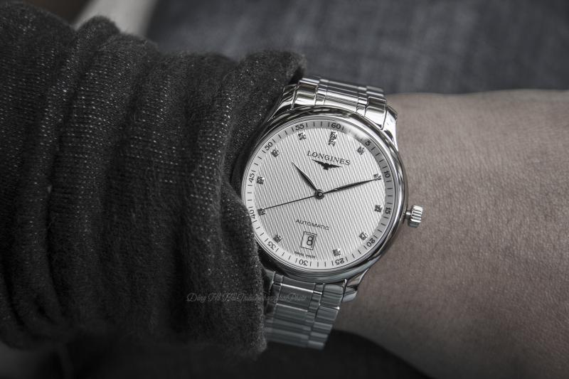 Chiếc đồng hồ đính kim cương sang trọng bậc nhất