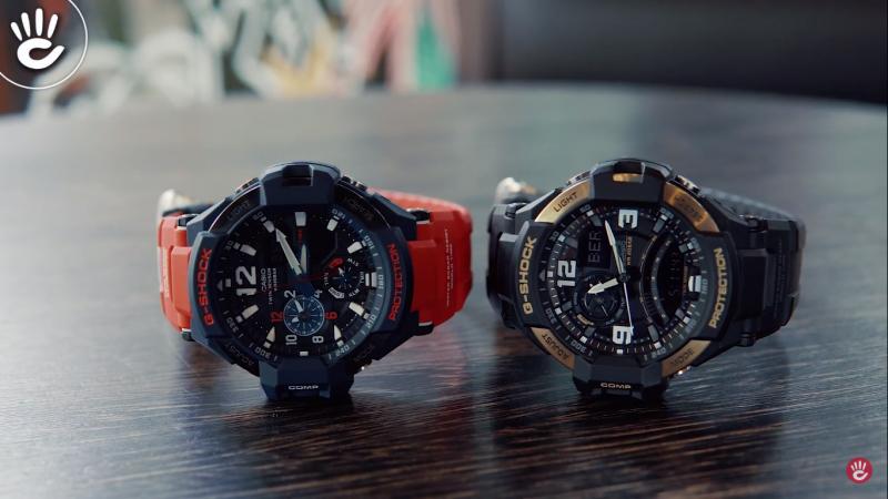 Bên trái là chiếc đồng hồ G-Shock GA-1100 và bên phải là đồng hồ G-Shock GA-1000