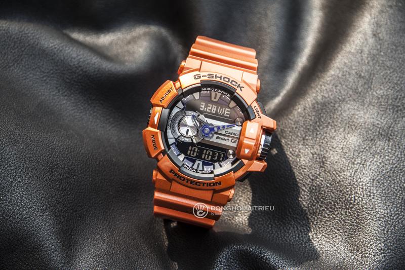 Đồng hồ thể thao GBA-400-4BDR với thiết kế đặt sắc của vỏ màu cam nổi bật
