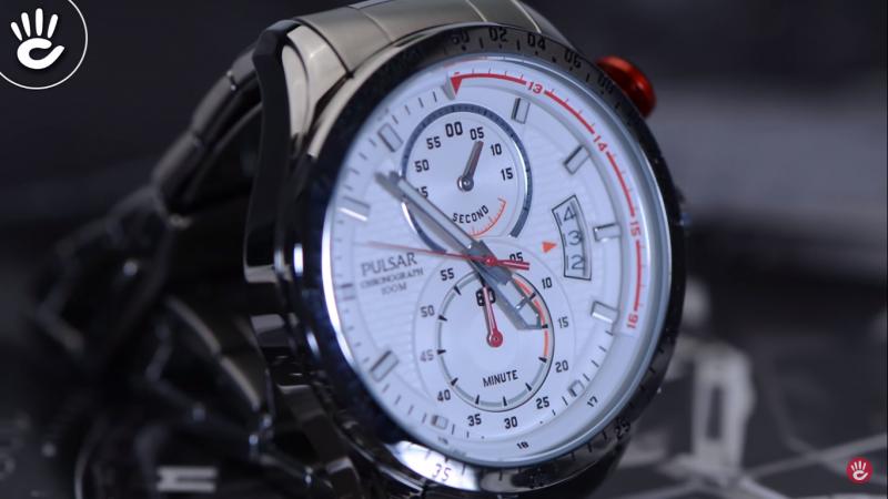 Đồng hồ thể thao Pulsar PW4013X1 với phong cách mạnh mẽ dành cho nam giới
