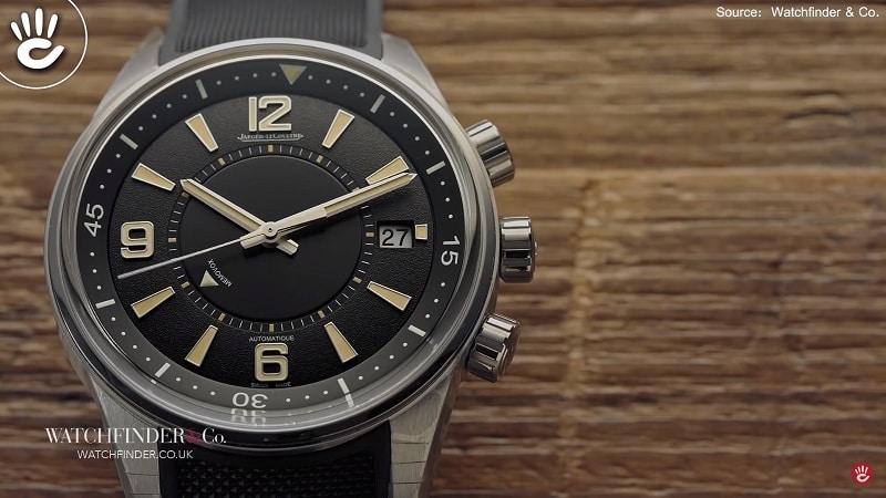 Một mẫu đồng hồ cơ báo thức không thể không nhắc tới đó làMemovox của Jaeger-Lecoultre