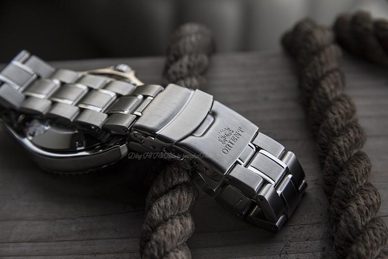 Bạn lo ngại chiếc đồng hồ của mình bị vào nước vì chỉ có 3 ATM, vậy tại sao không việc sở hữu thêm 1 chiếc Diver-Watch mạnh mẽ nhỉ?
