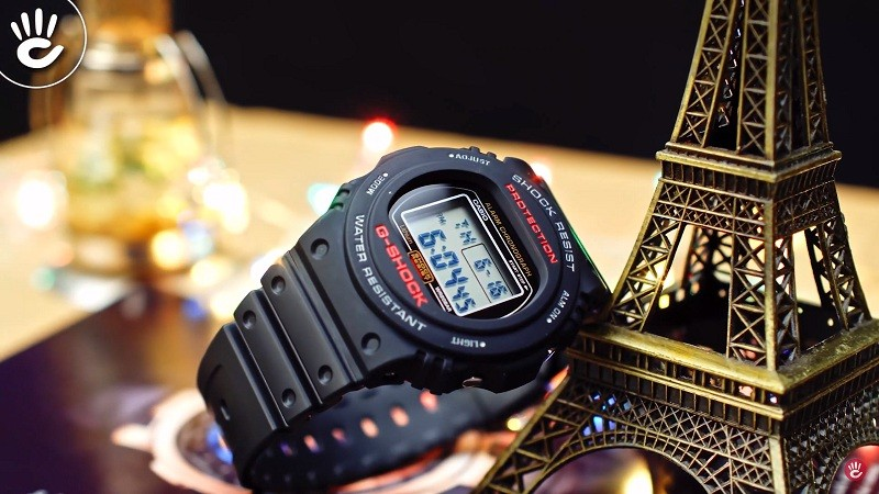 DW-5750E-1DR có một thiết kế khá mới lại từ nhà G-Shock đó là sự kết hợp giữa vỏ tròn và mặt điện tử vuông