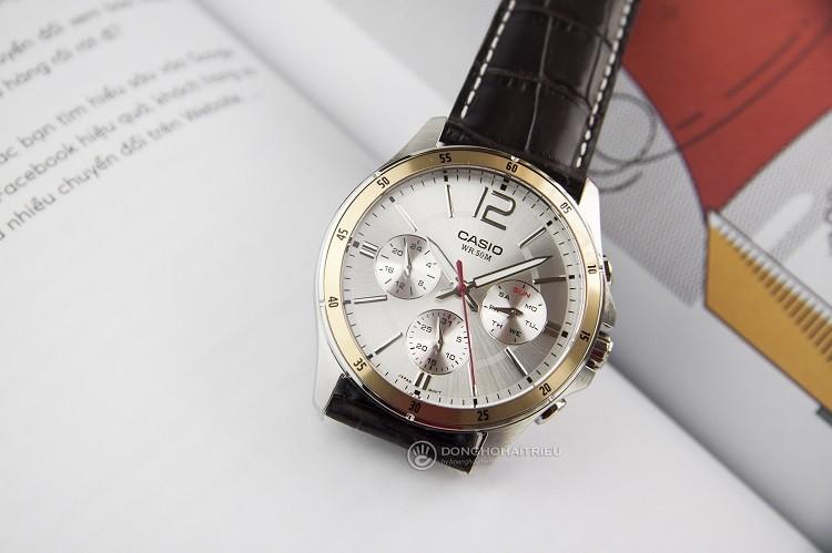 Casio MTP-1374L-7AVDF Chỉ 2 Triệu Cho Chiếc Đồng Hồ Chronograph Hình 1