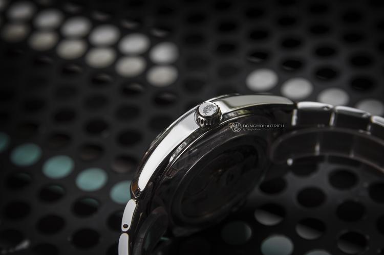 Orient RA-AR0002B10B đồng hồ cơ lộ tim sở hữu phong cách mạnh mẽ hình 3