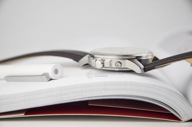 Orient FEM7J00AW9 chỉ 3 triệu cho một chiếc đồng hồ cơ Hình 2
