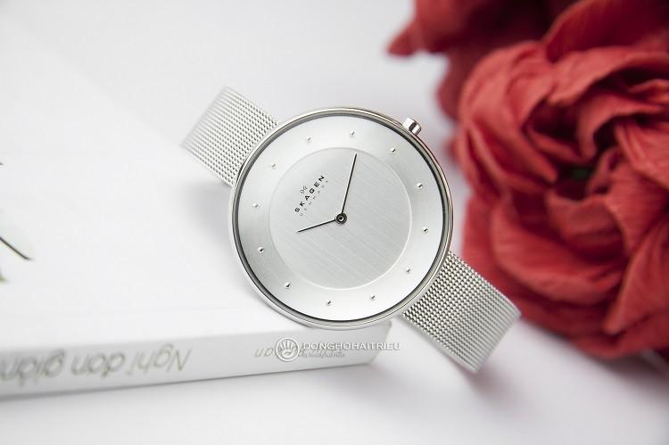 Skagen SKW2140 Đồng hồ nữ đính hạt đơn giản và cực kỳ sang trọng hình 4