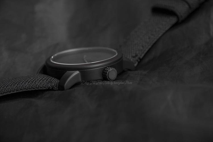 Citizen BM8475-00F Độc đáo với thiết kế mặt số đen mờ nam tính hình 3