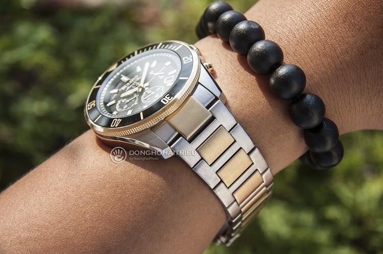Bulova 98B249 đồng hồ thể thao thời trang và nam tính