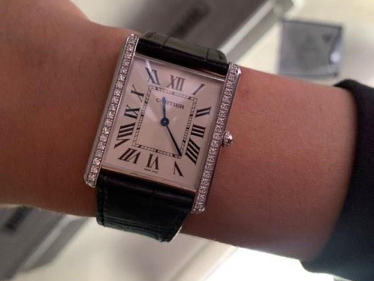 Đồng hồ Trấn Thành đeo đến từ những thương hiệu nào?-H3