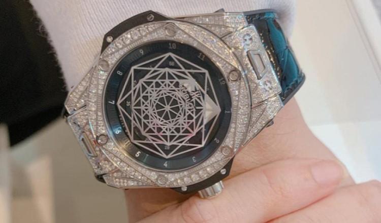 Đồng hồ Trấn Thành đeo đến từ những thương hiệu nào?-H4