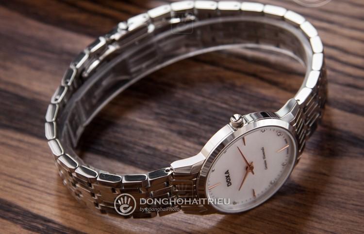 Review đồng hồ nữ Doxa D158SWH | Bộ sưu tập mặt xà cừ siêu đẹp-hình5