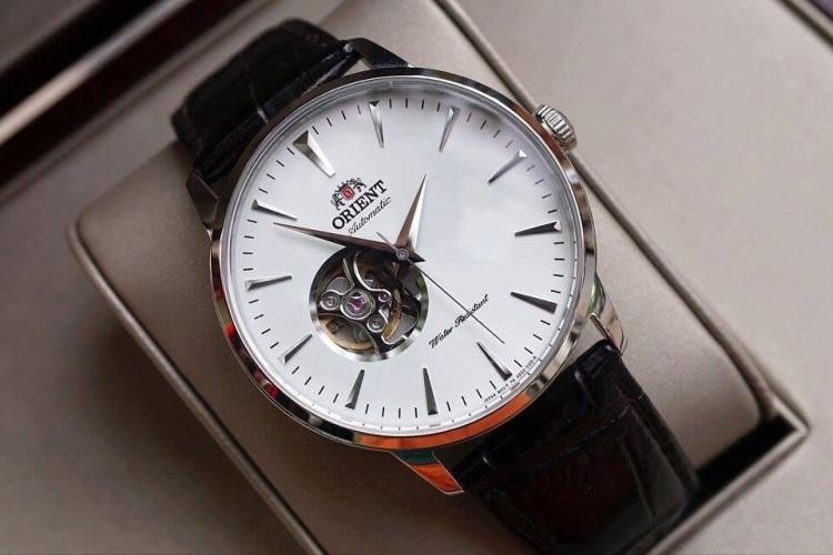 3 đồng hồ Orient Open Heart Automatic đẹp nhất giá dưới 7 triệu-Hình 2