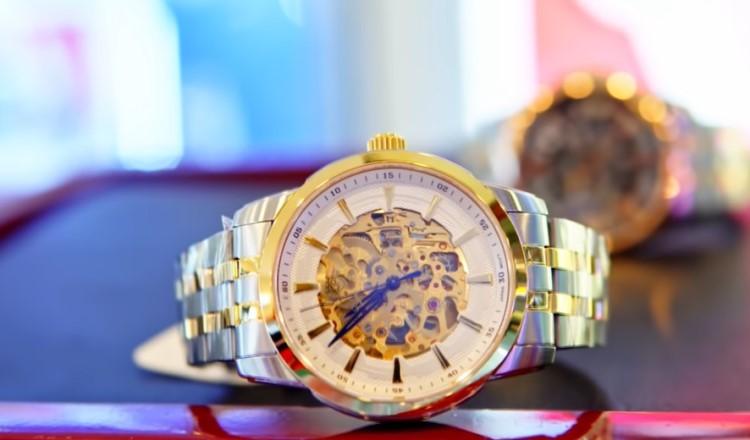 3 đồng hồ Skeleton: Bulova, Fossil, Olym Pianus đẹp xuất sắc-Hình 1