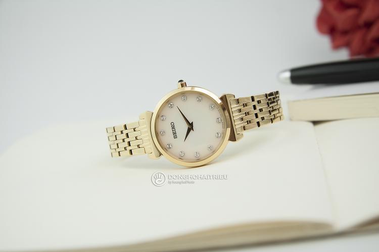 Đồng hồ Seiko SFQ802P1 sở hữu đến 8 viên kim cương sang trọng hình 1