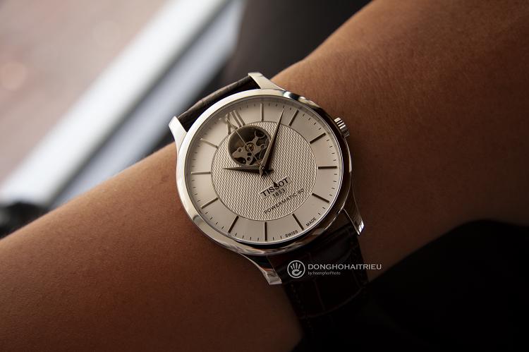 Tissot T063.907.16.039.00 Đồng hồ cơ lộ thiết kế Open Heart hình 3