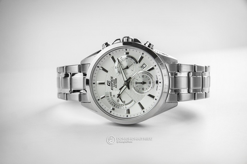 10 chiếc đồng hồ giá 5 triệu bán chạy của thương hiệu Casio - Hình Casio EFV-580D-7AVUDF