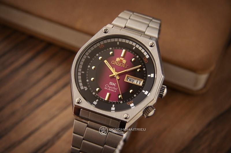 Đồng hồ Automatic là gì? Lưu ý và kiến thức sử dụng cơ bản- Ảnh: Orient RA-AA0B02R19B