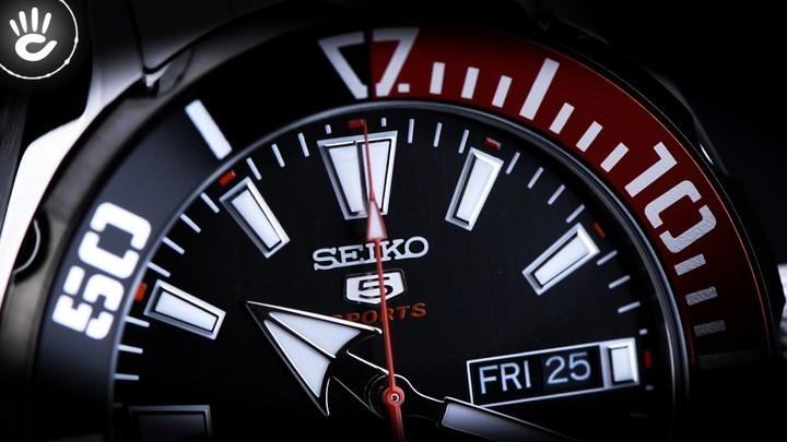 Đồng hồ Seiko SRPC57K1 Thiết kế độc đáo với viền ngoài màu đỏ và đen - Ảnh: 4
