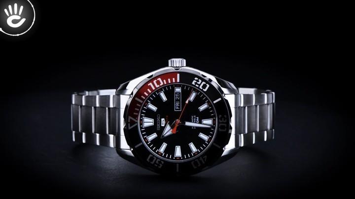 Đồng hồ Seiko SRPC57K1 Thiết kế độc đáo với viền ngoài màu đỏ và đen - Ảnh: 1