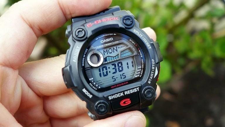 Hướng dẫn sử dụng đồng hồ G Shock để bật báo thức