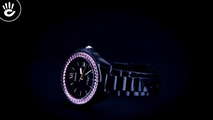 Đồng hồ Casio LX-500H-1EVDF Khi pha lê hồng phát sáng trên nền đen - Ảnh 3