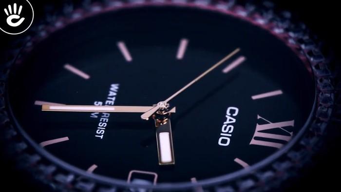Đồng hồ Casio LX-500H-1EVDF Khi pha lê hồng phát sáng trên nền đen - Ảnh 4