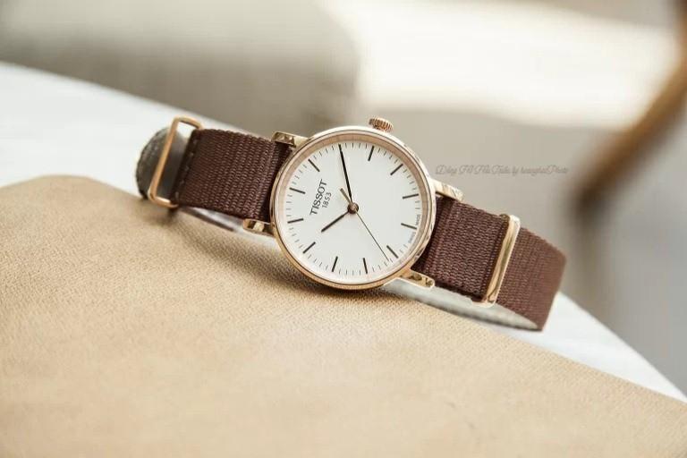 Nên mua đồng hồ Fake loại 1 hay đồng hồ chính hãng cao cấp