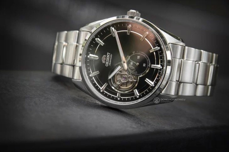 Đồng hồ thương hiệu Nhật Orient nổi bật, bắt mắt và cuốn hút