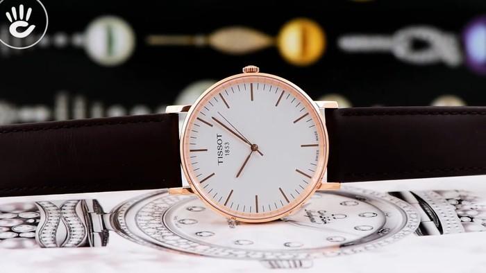 Review đồng hồ Tissot T109.610.36.031.00 vỏ máy pin mỏng chỉ 7mm - Ảnh 1