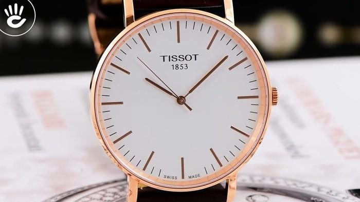 Review đồng hồ Tissot T109.610.36.031.00 vỏ máy pin mỏng chỉ 7mm - Ảnh 2